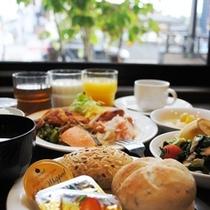 ★和洋のバイキング朝食