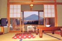 客室より富士を望む