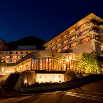 松本平の夜景一望の高台に位置しています。