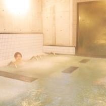 【気泡浴】大量の泡で体のコリをほぐしてスッキリと♪