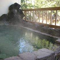 露天岩風呂(美月の湯に併設)
