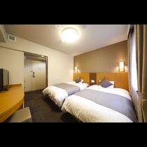 ツインルーム■18平米 ■ベッドサイズ1,200×1,950×2台
