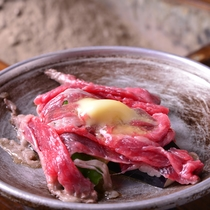 ◎夕食(黒毛和牛)一例/食事グレードアッププランでは黒毛和牛にランクアップした充実の内容です
