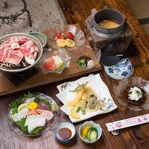 *夕食一例(シニアプラン)/趣のある「囲炉裏のあるお食事処」でお召し上がりください。