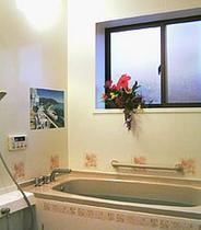 カギ付の貸切風呂。特に女性やカップルに好評です。