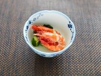 足赤海老の酢の物