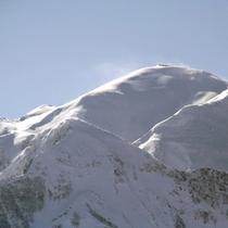 雪景色の駒ヶ岳〜冬の眺め