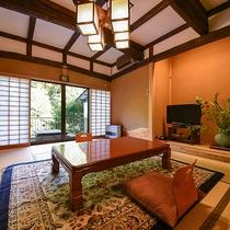 *【客室一例(2階あけび)】ベッドのある洋室と、和室のお部屋。テラスで星空を眺めるのもおすすめです。
