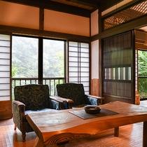 *【客室一例(2階すずらん)】洋間スペースは和室とは違った雰囲気で。