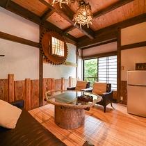 *【客室一例(2階りんどう)】和室とはまた違った表情を見せるリラックススペース。