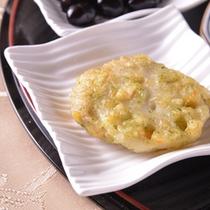 【ご夕食例(おばんざい)】京都で日常に食されているお野菜・お惣菜を皆さまに。