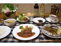 食事例アップ⑤ お鍋料理・お魚料理、お肉料理のフルコース!もちろんデザート・コーヒー紅茶も。