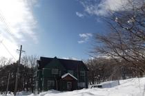 外観雪景色