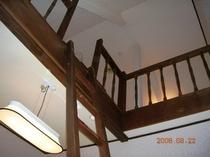 4人部屋ロフトの階段
