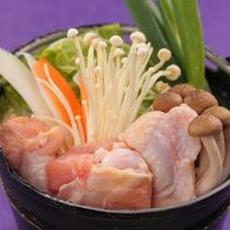 新鮮で甘〜いお野菜、ぷりぷりなお肉を時季に合わせた調理法でご用意(お料理一例)
