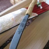 刀剣女子、工作女子ならトライしよう!ミニチュア日本刀のペーパーナイフ