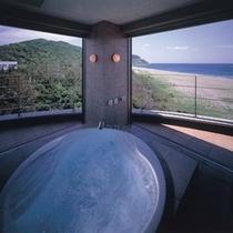 【おぼろ月のお部屋】ジャグジー付露天風呂