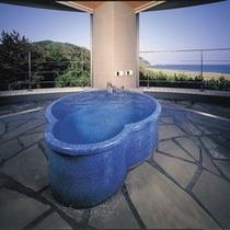 【名月のお部屋】信楽焼露天風呂