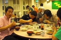 選手たち・夕食2