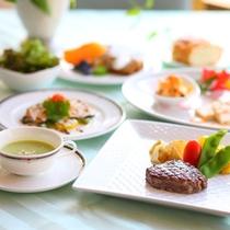 *【洋食一例】新鮮!採れたて野菜を使ったお料理の数々(イメージ)
