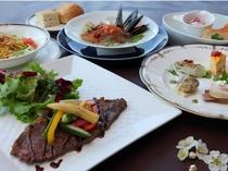 お夕食は和会席orイタリアンディナーからお選び頂けます。イタリアで修行したシェフの味をどうぞ。