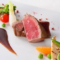 欧風料理ラ・プラージュ 肉料理(一例)
