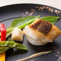 和Dining【梅浪漫】(魚料理一例)