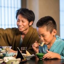 家族でご夕食3