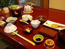 ご朝食も料亭個室の「京錦」でごゆっくりお召し上がり頂けます。