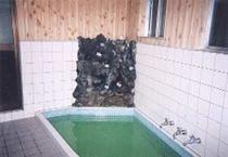 ゆったりとした浴場