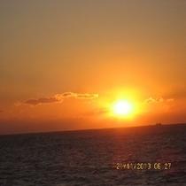 白浜の朝陽