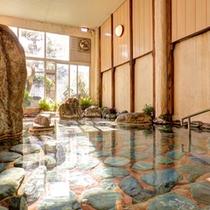 *女湯/毎分600リットルの湯量が湧くさぎの湯温泉で日頃の疲れを解しましょう。