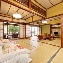 *和室15畳(客室一例)/ゆったり広々とした客室は、大家族やグループでのご宿泊に◎