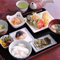 *【朝食一例】温かい和定食。朝から食が進みます