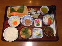 【和食】ボリュームたっぷりで人気の朝食