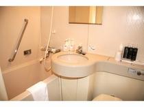シャワールーム(全室バストイレ付)