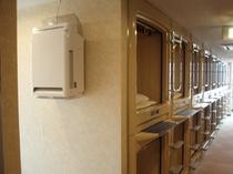 館内には空気清浄機が35個設置、綺麗な空気があります