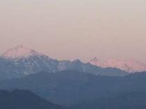 ⑦スカイパークから眺めた、初冬の槍ヶ岳と笠ヶ岳(2009.12.2PM16:40)