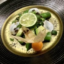 16年初夏「風雅」一のごっつお(前菜)出雲崎蛸のグリーンサラダ