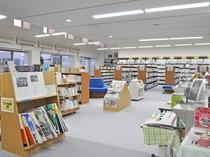 【四季の館】『図書室』 お子様連れの宿泊に嬉しい♪児童書もたくさん取り揃えています。