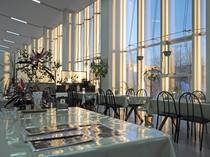 【四季の館】『コーヒーショップ四季』 明るく開放的な喫茶店です。