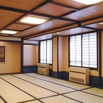【大部屋・くらびの間】20畳の広々としたお部屋。学生様やグループのお客様に(バス・トイレなし)