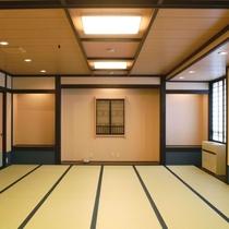 【大部屋・くらびの間】20畳の広々とした部屋。学生やグループでの宿泊に人気♪(バス・トイレなし)