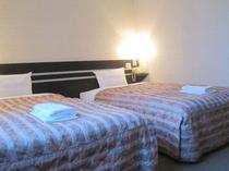 ■客室:ツインルーム20平米・全室サータ社製マットレスを仕様