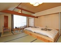 【禁煙】和室10畳ステージベッド バス・トイレ付 瑞雲館