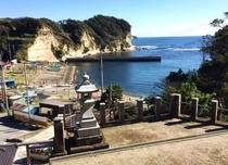 付近の神明神社より吉尾港の眺め