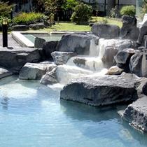 別館「山恵の湯」には九重の大自然を眺める露天風呂もございます。