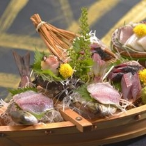 夕食(一例)舟盛