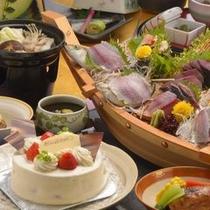 特製ホールケーキ&舟盛りでお祝い(一例)