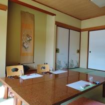 *【お部屋一例】8畳~12畳の和室のお部屋を人数によってご用意いたします。